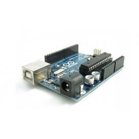 برد آردوینو Uno R3 دارای پردازنده ATmega328P
